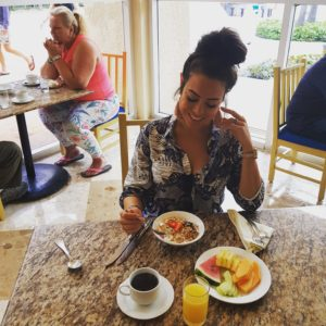 Alice Dartnell Life Success Coach  London Consultation Healthy Breakfast in Grand Park Royal Hotal Cancun Mexico