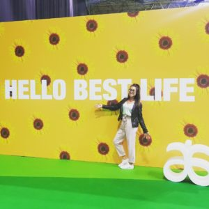 Alice Dartnell Life Success Coach London healthy miracle morning Arbonne standing in front Best Life Poster