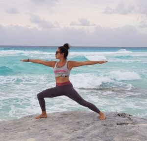 Alice Dartnell Life Success Coach Consultation London Cancun Mexico Yoga Miracle Morning beach