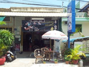 Alice Dartnell Life Success Coach  London England owned Whiskey Guest house in Victory Hill, Sihanoukville, Cambodia